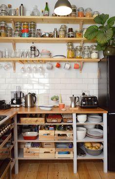 Betonsteine, – Own Kitchen Pantry Diy Kitchen Shelves, Kitchen Items, Home Decor Kitchen, Rustic Kitchen, Kitchen Interior, Home Kitchens, Kitchen Dining, Open Kitchen Cabinets, Freestanding Kitchen