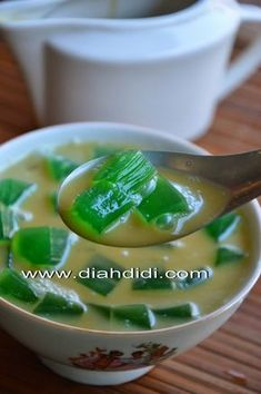 Indonesian Desserts, Asian Desserts, Indonesian Food, Sweet Desserts, Asian Recipes, Indonesian Recipes, Filipino Desserts, Kitchen Recipes, Cooking Recipes