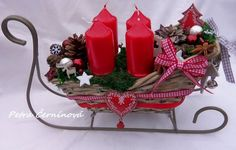 Vánoční sáňky Table Decorations, Christmas, Furniture, Home Decor, Xmas, Decoration Home, Room Decor, Navidad, Home Furnishings