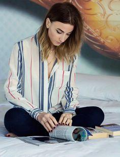 Queen of Jetlags chilling in a striped blouse | Fashiolista.com