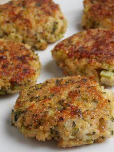 Cheesy Quinoa and Broccoli Patties | A Homemade Living