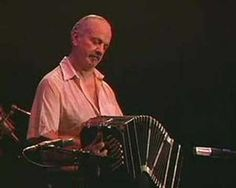 Astor Piazzolla- Tristezas de un doble A . Live in Montreal '84. An amazing performance of this great argentine artist. * Doble A = Bandoneon instrument