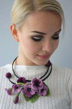 VK is the largest European social network with more than 100 million active users. Felt Necklace, Fabric Necklace, Floral Necklace, Textile Jewelry, Fabric Jewelry, Wet Felting, Needle Felting, Felt Flowers, Fabric Flowers