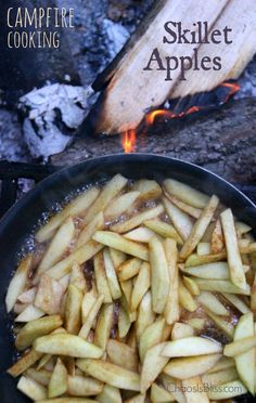 Campfire Skillet Apples Recipe The easy camping recipe you can't leave home without! Campfire Skillet Apples, an apple recipe you can make on the stove or over a fire. Dutch Oven Cooking, Dutch Oven Recipes, Cast Iron Cooking, Cooking Recipes, Cooking Stove, Fire Cooking, Cooking Light, Campfire Desserts, Campfire Food