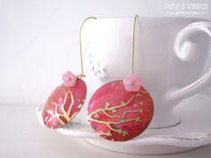 Sakura  FREE SHIPPING  gorgeous earrings embossed di PerleVaniglia, €23.00 #earrings #handmade #orecchini #fattoamano #perlevaniglia #jewel #jewelry #brass #bronze #patina #vintaj #bigkick #gold
