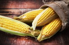 Corn (Maize): Health Benefits, Side Effects, Fun Facts, Nutrition Facts and History Corn Maize, 200 Calorie Meals, Organic Nutrients, Alfalfa Sprouts, Apple Sausage, Pickled Beets, Nutrition And Dietetics, Roasted Almonds, Sweet Corn