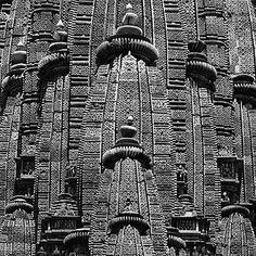 Andreas Volwahsen - The Shikhara, Khajuraho @ Living Architecture - ANDREAS VOLWAHSEN | StoryLTD