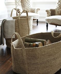 jute baskets and natural colors - never out of fashion