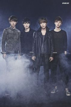 [Scans] CNBLUE BLUEMOON Postcards  Booklet - CNBLUE Scanned byyfftw1120@CNBLUE Baidu Bar«For more photos