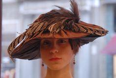 Cappello Emily Modello Pagoda in Taffettà di RinaldelliModisteria