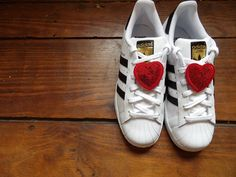 Adidas, Lace, Sneakers, Shoes, Fashion, Fashion Trends, Tennis, Moda, Slippers