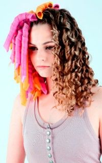 Curlformers! They're these curlers that leave really curly hair - something I love! - Super easy to put in, super awesome result!