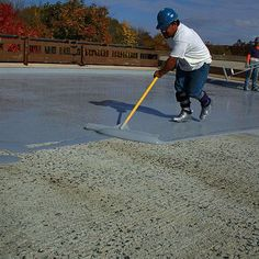 Waterproofing your basement is a very smart thing to do but if you've never before done this type of work, it is easy to feel a little overwhelmed when you thin Basement Waterproofing Paint, Leaking Basement, Wet Basement, Epdm Roofing, Interior Design Principles, Foundation Repair, Roofing Contractors, Roof Repair, Heating Systems