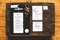Hochzeitsfotografie Doreen Kühr, Hochzeitsinspiration, Black Wedding Color, Weddingdress Blog, Drinks, Wedding Photography, Drinking, Beverages, Blogging, Drink, Beverage