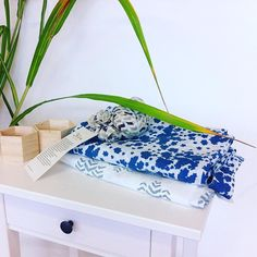 Feel good and healthy at home! We'll create a selection of naturally dyed and organic cotton home items as #curtains and #cusions. Have you ever tried out using organic cotton and naturaldyed towels? - you wouldn't want to use anything else anymore! #healthy #organic #living #lifestyle #greenliving #interior #naturaldyes #organiccotton #print #graphic #home #loveyourhome #feelgood #haveagreatday #goodmorning #yoga #ayurveda #ayurvedalife #indigo #blue #plant #botanical