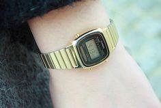 cette jolie montre casio n'est elle pas  a votre gout ? Dans tout les cas elle est pour moi .