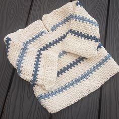 Wildes supermjuka, sömlösa Pippitröja! | Stitches and Supper Knitting For Kids, Baby Knitting Patterns, Crochet Patterns, Crochet Baby, Knit Crochet, Baby Barn, Kids Wear, Baby Shower Gifts, Free Pattern