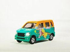 TAKARA TOMY TOMICA DISNEY Suzuki Wagon R RR Winnie The Pooh D-04 Diecast Car Figure Limited Edition Green & Orange