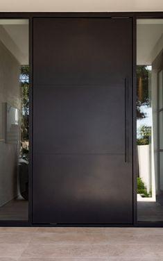 Modern Entrance Door, Main Entrance Door Design, Modern Exterior Doors, Modern Front Door, Front Door Entrance, Front Door Design, House Entrance, Exterior Design, Contemporary Front Doors