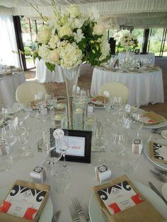 Elegant table arrangements for this Villa Baroncino wedding.  Romantic Italian Weddings, Flowers by Cristina Fiorista Faluomi www.romanticitalianweddings.com