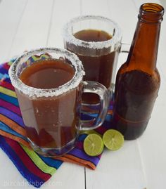 Michelada y clamacheve (o vaso michelado y michelada con clamato) www.pizcadesabor.com