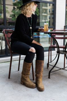Black sweater, wool hat and Frye boots for fall, Waiting on Martha #TheFRYELife
