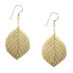 Trendy yet timeless, these leaves can be worn for every season and will always be just the right touch to bring you back to nature. The Leaf