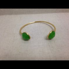 STELLA & DOT Serenity Stone Cuff - Green & Gold This  adjustable cuff features cut green glass chalcedony glass stones in bezel setting.  Great for layering.  Fits SM-LG wrist.  From a pet-free and smoke-free environment Stella & Dot Jewelry Bracelets