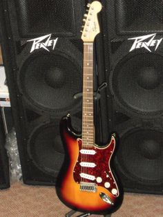 Squier Classic Vibe Stratocaster '60s Electric Guitar by Fender