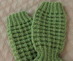 Leikkien langalla: Jules -sukat