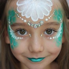 "214 Me gusta, 18 comentarios - Nadine Davidson (@nadinesdreams) en Instagram: ""Mermaid princess #facepaint #facepainting #faceart #mermaid #mermaidprincess #princess #seashell…"""