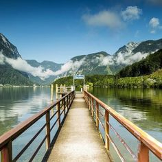 Austria hallstatt lake #followforfollow #nature #love #beautuful #landspace #follow #likes #best #view #shots #today #nice #lake #austria #photo #traveling #soul