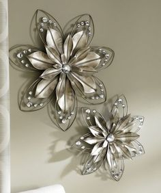 Set of 2 Lillia Flower Wall Art from Seventh Avenue ® Metal Flower Wall Decor, Metal Flowers, Wall Flowers, Daisy Flowers, Rustic Wall Decor, Home Wall Decor, Scrap Metal Art, Metal Wall Art, Aluminum Foil Art