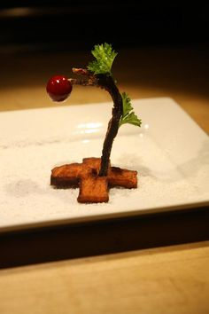 """""""Charlie Brown Christmas Tree"""" (Dehydrated honey soy sauce turkey, curly parsley, garnet yam chip, chevre powder, sugared cranberry)"""