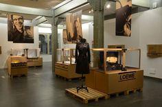 4 AEDV Retail Interior, Museum Exhibition, Shop Interiors, Set Design, Signage, Cool Stuff, Product Design, Madrid, Decor Ideas