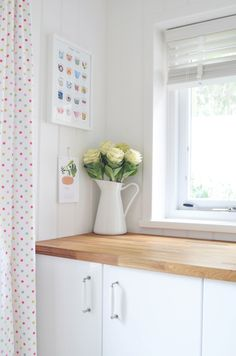 Kitchen | The Yvestown Blog    Love the cabbage that looks almost like big roses!