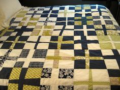 swedish flag (if done in different colors) Swedish Flag, Plus Quilt, Cross Quilt, Fiber Art, Baby Room, Crafty, Quilts, Blanket, Interior