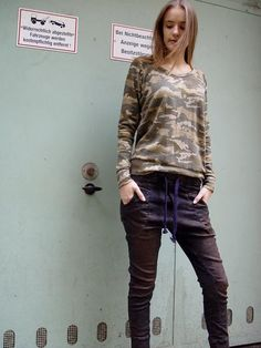 Urban Style for Her Shirt Sleeves, Long Sleeve Shirts, Smart Styles, Dress First, Urban Fashion, Camouflage, Street Style, Dresses, Women