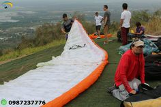 Paragliding Courses Guayaquil Ecuador Paragliding is a fun sport to try out, do it at our school with qualified instructors