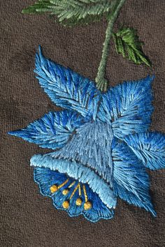 Silk Ribbon Embroidery, Crewel Embroidery, Floral Embroidery, Cross Stitch Embroidery, Hand Embroidery Projects, Hand Embroidery Patterns, Embroidery Techniques, Vbs Crafts, Embroidered Flowers