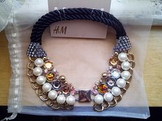 H collar necklace