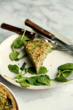 Vegansk tærte med blomkål og spinat