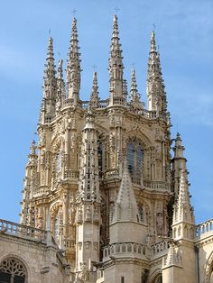 Burgos Cathedral is the oldest Gothic cathedral in Spain and one of the first built in Europe. Excellent example of intricate gothic architecture. Gothic Architecture, Ancient Architecture, Beautiful Architecture, Cathedral Architecture, Architecture Details, Gothic Cathedral, Cathedral Church, Temples, Art Français