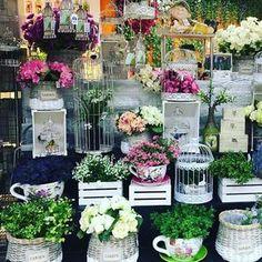 ¿Alergía a las flores? En Elim Home contamos con una amplia gama de flores artificiales desde 1.00€, pasa por una de nuestras tiendas y no pierdas la oportunidad! #ElimHome #vilamarina #viladecans...