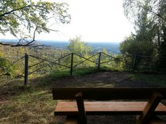 Aussichtskanzel Barenberg mit tollem Blick auf den Harzort Elend. Stempelstelle 20 der Harzer Wandernadel. Mehr Infos www.oberharzinfo.de