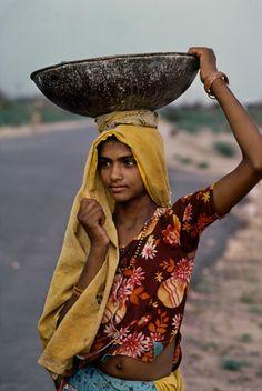 India 1983 culture Worker female