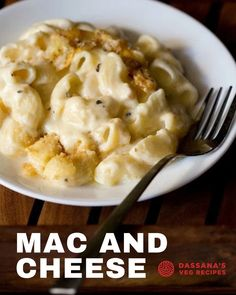 This Mac and Cheese Recipe is creamy, cheesy and delicious! The ultimate in comfort food, this pasta dish is made with a gooey homemade sauce of butter, milk and melted cheese. A light topping of breadcrumbs adds a fabulous crunch. #macaroniandcheese #macaroni #pastalover Veg Recipes Of India, North Indian Recipes, Indian Food Recipes, Lentil Recipes, Curry Recipes, Snacks Recipes, Cooking Recipes, Best Fish Taco Recipe, Punjabi Recipes