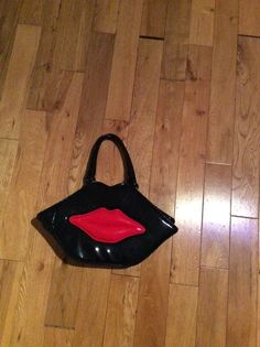 Black bag with red lips   eBay