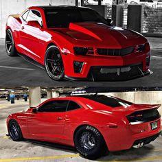 Red Baron - Camaro tunado do Josh - Motor forjado - Procharger - 1300 hp! Chevrolet Camaro, Camaro Car, Custom Muscle Cars, Chevy Muscle Cars, Carros Camaro, Custom Camaro, Sweet Cars, Us Cars, Drag Cars