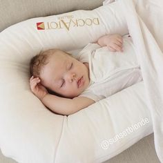 The ultimate new mom hack. Baby will always be happy and cozy in this. Another gorgeous baby shot of the must have lounger for babies - DockATot. Regram from @sunsetblonde #dockmytot #dockatot
